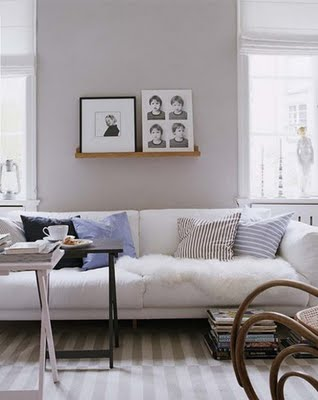 gri renkli mobilyalar